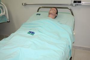 laboratorio-de-habilidades-e-simulacao-do-cuidado-939742F89-9A92-43A3-937A-69979F485B38.jpg